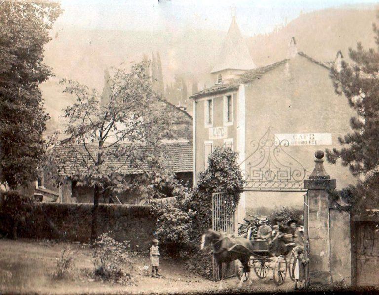 Entrée du Château Lapeyre